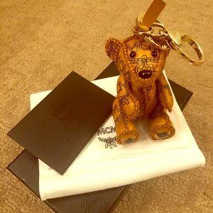 Mcm Cognac Bear Key Charm